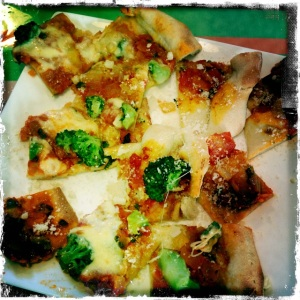 PIzza broccoli, anchovy, garlic